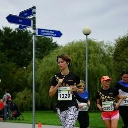 Tallinna Maraton - Jade Venault (1329), Annely Kaur (2303)