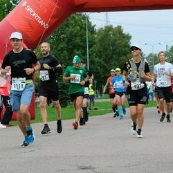 Tallinna Maraton - Caroline Underwood (937), Marko Rillo (1111)