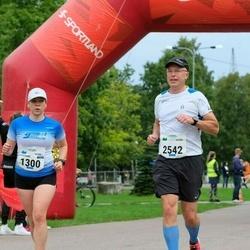 Tallinna Maraton - Annemari Muru (1300), Kari Pennanen (2542)