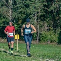 IV Ultima Thule maraton - Kristi Steinberg (108), Andre Anis (142)