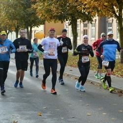 8. Tartu Linnamaraton - Riho Mikko (317), Valdis Kurg (360), Kadri-Ann Jundas (361), Ene Ojaperv (367), Jüri Marcinkevicz (375), Tony Lepmets (402)