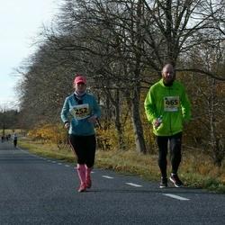 46. Saaremaa kolme päeva jooks - Annika Koppel (252), Veigo Koppel (465)