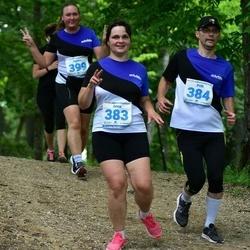 39. jooks ümber Pühajärve - Anna Remmelgas (383), Priit Remmelgas (384)