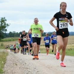 91. Suurjooks ümber Viljandi järve - Andres Aas (124), Adele Tamberg (297)