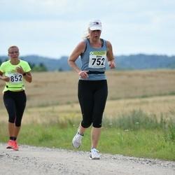 91. Suurjooks ümber Viljandi järve - Riina Soolo (752), Signe Holm (852)