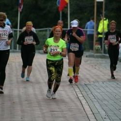 9. Tartu Linnamaraton - Ene Ojaperv (292), Monika Raiendik (3593)