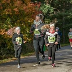 47. Saaremaa kolme päeva noortejooks - Anni Kubjas (149), Miia Kubjas (150)