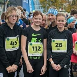 47. Saaremaa kolme päeva noortejooks - Berit Kant (26), Grete Kant (27), Keira Kajari (45), Laura Looskari (112)