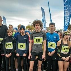 47. Saaremaa kolme päeva noortejooks - Holger Vitsur (9), Kristofer Käen (31), Adam Ojava (39), Stella Paltina (177), Sten Aljas (186), Ravo Puusepp (195), Uku Märten Vaikmaa (202)