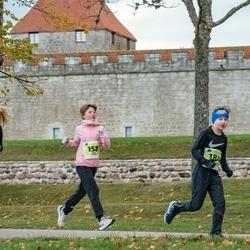 47. Saaremaa kolme päeva noortejooks - Loviise Leisalu (158), Karl Kaspar Tomberg (184)