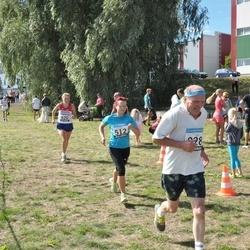 41. jooks ümber Ülemiste järve - Katrin Seljak (512), Elena Antoshkina (920), Aavo Halling (928)