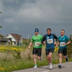 V Ultima Thule maraton - Jarl Edur (117), Tanel Laumets (118), Stenver Matt (120)