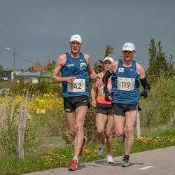 V Ultima Thule maraton - Heigo Saar (119), Reemet Küünruss (142)