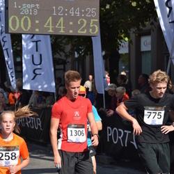 Jüri Jaansoni Kahe Silla jooks - Cardo Kambla (775), Janek Õiglane (1306)