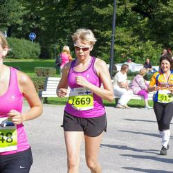 SEB Tallinna Maraton - Anni Rõuk (1348), Anu Pitkänen (1669)