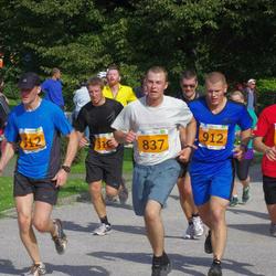 SEB Tallinna Maraton - Christopher Raastad (186), Martin Eerme (312), Hardo Peetermann (837), Taavi Taros (912)