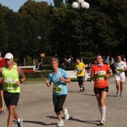 SEB Tallinna Maraton - Annika Loomus (1446), Rita Veskimäe (2716)