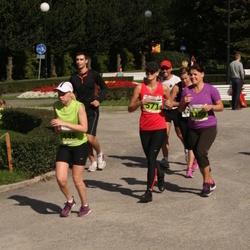 SEB Tallinna Maraton - Tatjana Latova (571), Merilin Roosipuu (1109), Anna-Kaisa Mäkinen (2445)