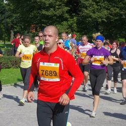 SEB Tallinna Maraton - Peeter Normak (1056), Eneli Veermäe (1661), Arno Kender (7689)