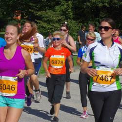 SEB Tallinna Maraton - Ramona-Riin Dremljuga (5046), Galina Gluhhova (5878), Age Raam (7467)