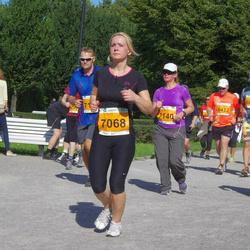 SEB Tallinna Maraton - Alena Hollo (7068), Maire Parts (7140)