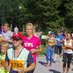 SEB Tallinna Maraton - Maire-Anu-Liis Oidsalu (1782), Sergei Gerassimjak (5009), Anna Andrianova (5011)