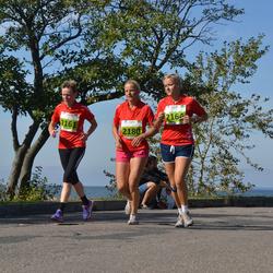 SEB Tallinna Maraton - Anu Vahtra-Hellat (2161), Tiivi Püvi (2164), Ann Vainlo (2180)