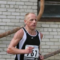 35. Jooks ümber Ülemiste järve - Ago Veilberg (767)