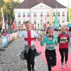 2. Tartu Linnamaraton / Sügisjooks - Ade Roos-Oja (2502), Olena Solohub (10048)