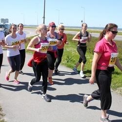 SEB 27. Maijooks - Riin Avasaar (2570), Eve Kalmus (3254), Anna Medvedeva (3255)