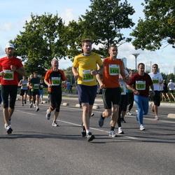 SEB Tallinn Maraton - DMITRI TEE (309), GATIS GAILIS (745), MARGUS RINK (956), MARGUS KAASIK (957), VALERY ZHUMADILOV (967), AHTO PUKK (1163), ANATOLI LÄTE (1262), RICHARD WERNERSSON (1426)