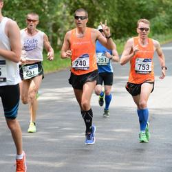 33. jooks ümber Pühajärve - Margus Merivälja (240), Marko Valter (753)