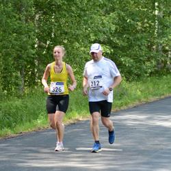 33. jooks ümber Pühajärve - Priit Rajamägi (212), Siiri Rajamägi (326)
