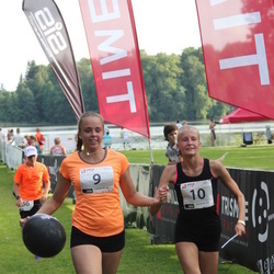 TriSmile Triatlon - SIS SmileRun - Kristel Roose (9), Helena Ajaots (10)