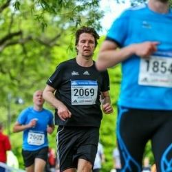 Helsinki Half Marathon - Kalle Sinivuori (2069)