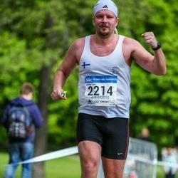 Helsinki Half Marathon - Miikka Tast (2214)