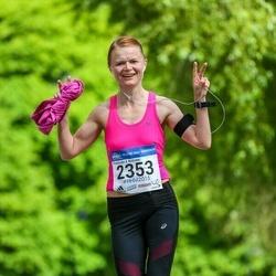 Helsinki Half Marathon - Minna Wahe (2353)