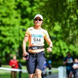 Helsinki Half Marathon - Nina Kujanpää (944)