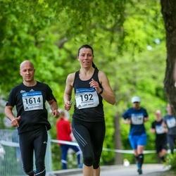 Helsinki Half Marathon - Anne Dahlfors (192), Jari Paljakka (1614)