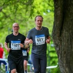 Helsinki Half Marathon - Niko Jalkanen (601), Sami Myyryläinen (1407)