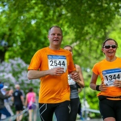 Helsinki Half Marathon - Hilkka-Liisa Mieho (1344), Per-Olof Österberg (2544)