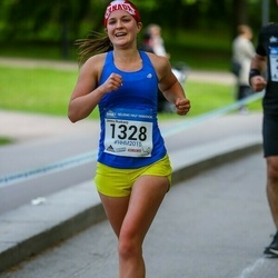 Helsinki Half Marathon - Jenna Mcelravy (1328)