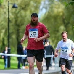 Helsinki Half Marathon - Fredrik Isakson (582)