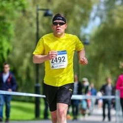 Helsinki Half Marathon - Ari Vouti (2492)