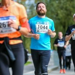 Helsinki Half Marathon - Lauri Laine (1044)