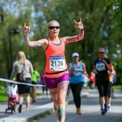 Helsinki Half Marathon - Emilia Suhonen (2136)