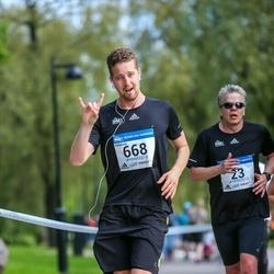 Helsinki Half Marathon - Miska Kahanpää (668)