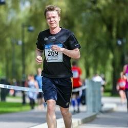 Helsinki Half Marathon - Antti Finer (269)