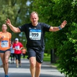 Helsinki Half Marathon - Sven Erik Kämärä (999)