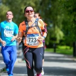 Helsinki Half Marathon - Outi Elina Karjalainen (723)